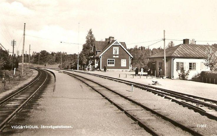 Täby - Viggbyholm, järnvägsstation.jpg