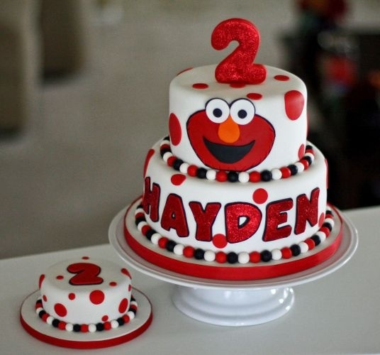 32 Over The Top First Birthday Cakes: 1000+ Ideas About Elmo Birthday Cake On Pinterest