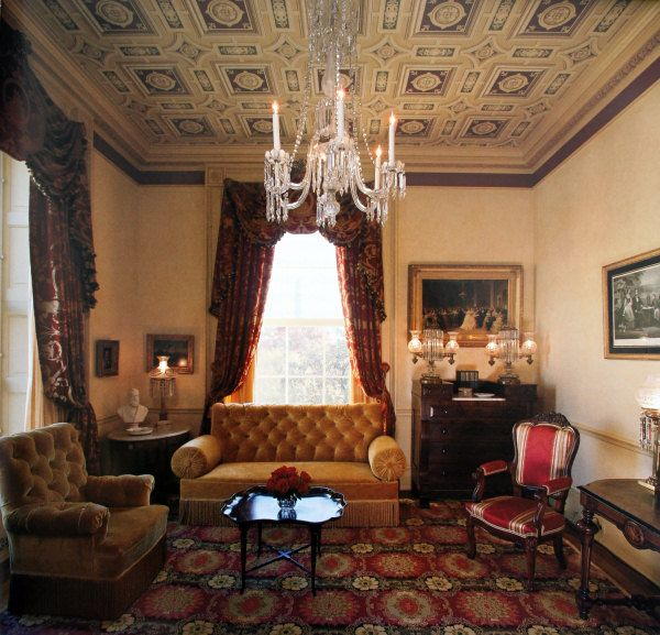 The Lincoln Sitting Room In 2000