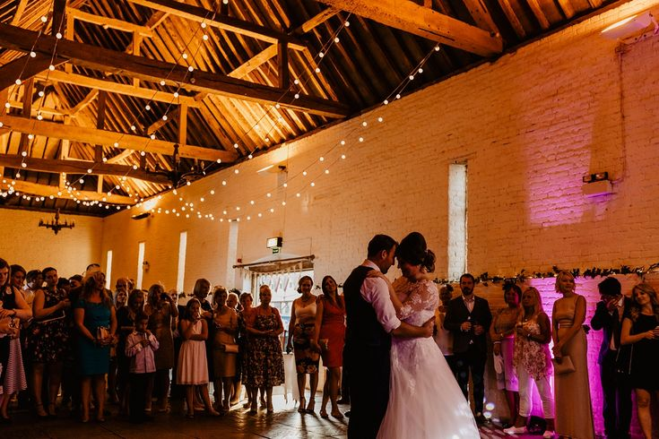 An Amanda Wyatt Gown For A Rustic, Relaxed Wedding at Ufton Court