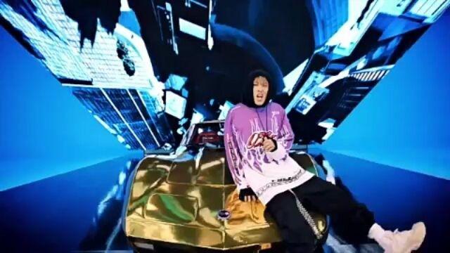 """June imitating YG artists part 2""  Yang part ini lagi Bagus dia niruinnya cuma pas niruin b.i rada ngeledek si:v  Follow me for the next part Cr: as tagged #kpop #yg #ikon #ikonic #june #hanbin #bobby #jinhwan #blackpink #blink #bigbang #daesung #gdragon #twice #bts #got7 #exo"