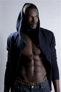 Serge Ibaka.... uhhhh... YUM. (I can almost ignore who he plays basketball for)