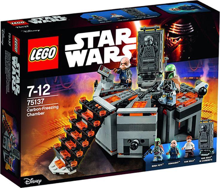 LEGO STAR WARS 75137 Karbonit-frysekammer HanSolo er taget til fange og ført til karbonit-frysekammeret, hvor han skal fryses ned i en blok af solid karbonit! Vil det lykkes ham at overmande BobaFett og undslippe, eller bliver han frosset ned i al evighed af ughnaughten? Det afgør du.