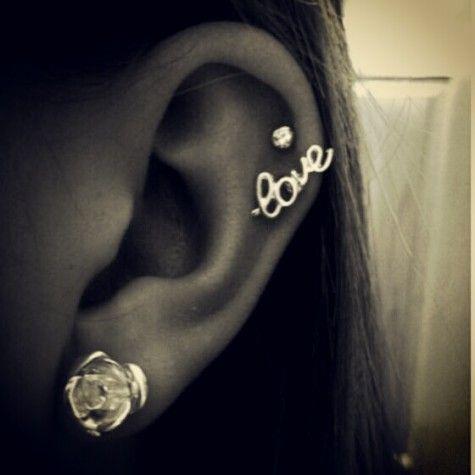 jeweleryFashion, Cartilage Earrings, Style, Beautiful, Jewelry, Cartilage Piercing, Tattoos Piercing, Accessories, Ears Piercing