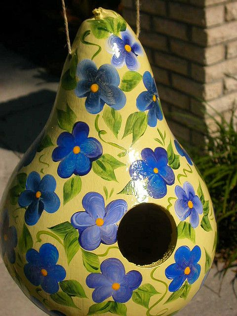 Gourd Bird Houses | Yellow/blue Gourd Birdhouse | Flickr - Photo Sharing!