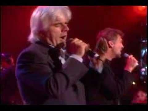 Kenny Loggins and Michael McDonald.... Heart to Heart - LIVE~~ Awesome!