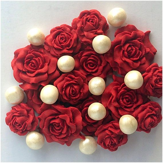 Christmas Roses Edible Sugar Topper Ruby Sugar by TheVillageCakeCo