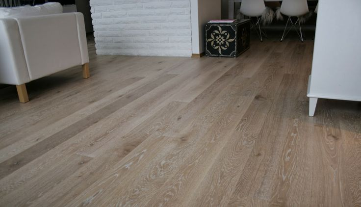 Nytt hus/new floor!