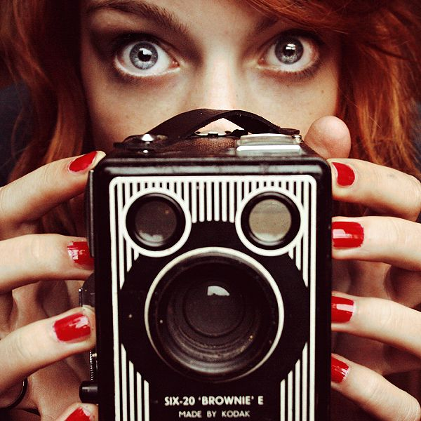 .: Girls, Vintage Camera, Portraits Ideas, Camera Lens, Reflex Camera, Brownies, Digital Camera, Self Portraits Photography, Photography Equipment