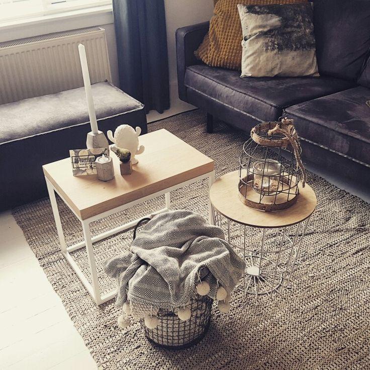 Meer dan 1000 idee n over metalen salontafels op pinterest glazen salontafels houten - Wat op een salontafel ...