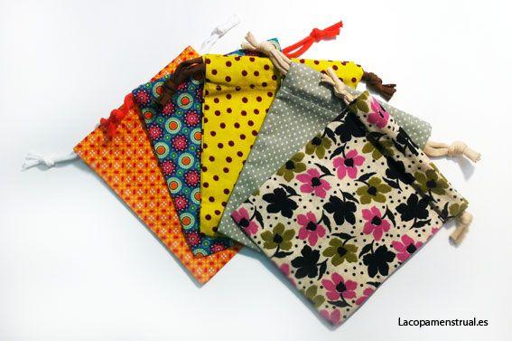Bolsita de Tela para la Copa menstrual, para tus compresas y toallitas. Comprar una bolsita de tela con estampados originales para la copa menstrual