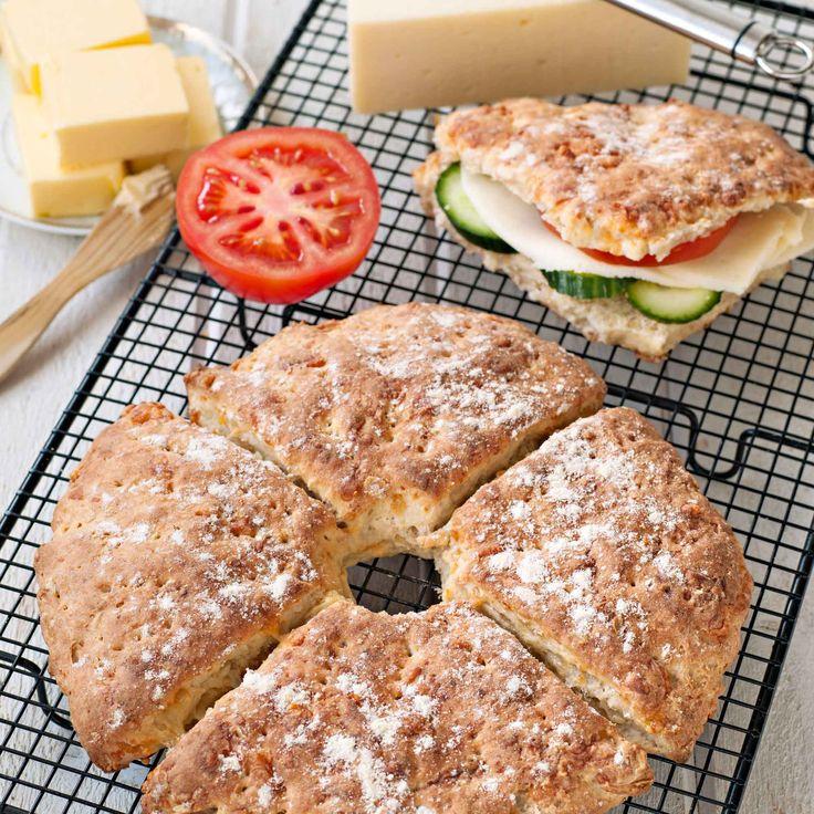 Snabbgjorda bakpulverbröd som inte behöver jäsa.