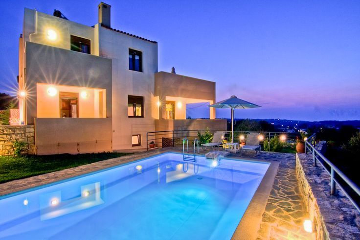 The villa is situated in the village of Agios Dimitrios (village with direct access to the city of Rethymno), 10 km from Rethymno on the road to the Monastery of Arkadi and 2 km from the central axis running through the northern Crete and joins