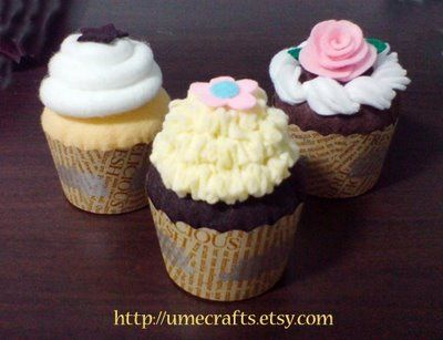Felt Cupcakes.: Sets Patterns, Cupcake Patterns, Felt Cupcake, Felt Patterns, Plays Sets, Pretend Plays, Plays Food, Felt Food, Cupcake Pretend