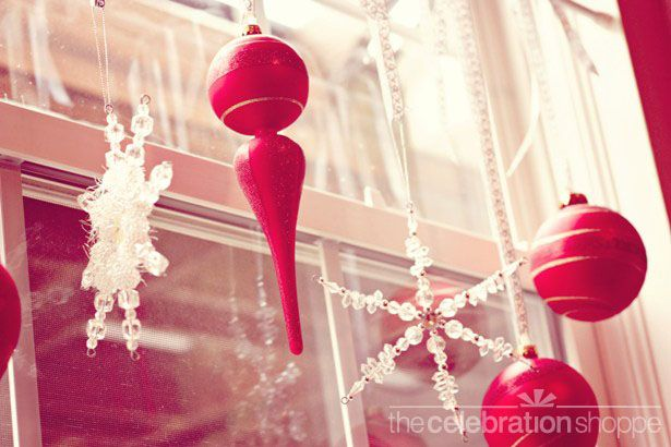 ornament curtains tutorial from the celebration shoppe :)