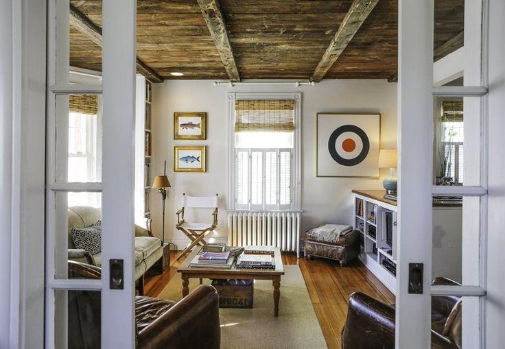 Miles & Antena's Laid Back Coastal Home   Apartment