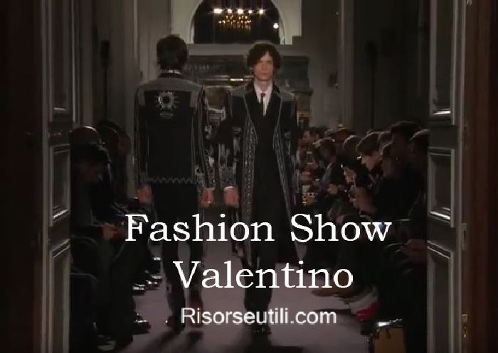 Fashion show Valentino fall winter 2016 2017 menswear