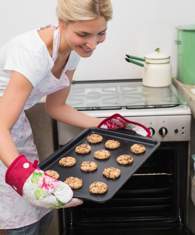 pulire-sgrassare-il-forno-con-metodi-naturali
