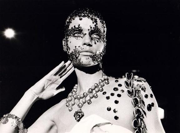 Veruschka nel Salomé di Carmelo Bene, 1971
