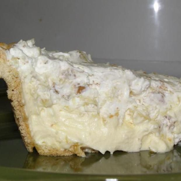 Furr's Cafeteria Pineapple Millionaire Pie Recipe  with 10 ingredients