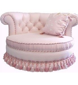 Puffin would look so adorbs in this dog bed!!! Fancy Pet Furniture Lilian Cuddle Couch Pink