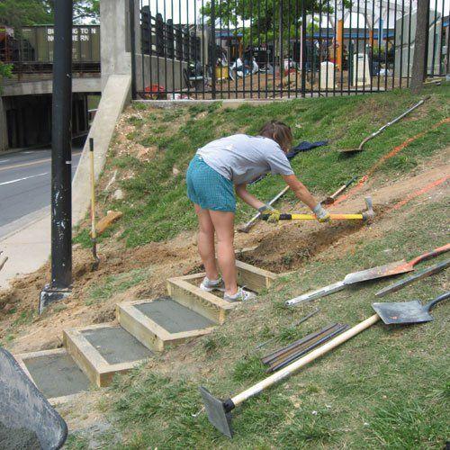 "Sloping Garden Ideas And Optimal Solutions For Landscape: ""community Garden In Slope"" - חיפוש ב-Google"