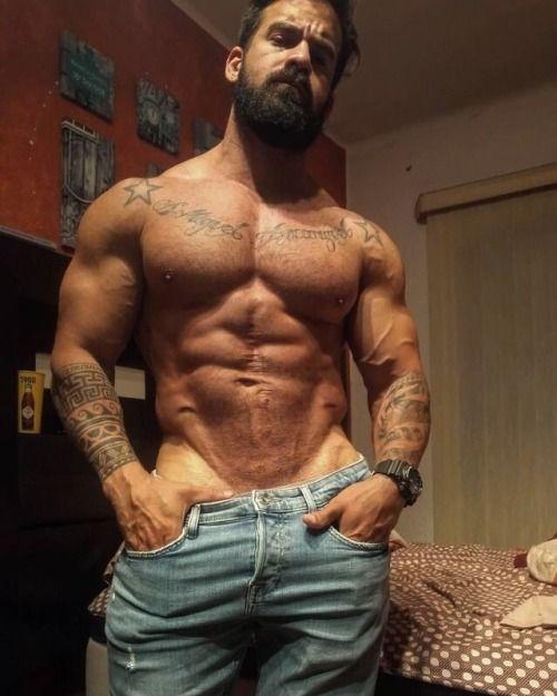 Pin by Vkumar91190 on Alphas | Muscle men, Hairy men ...