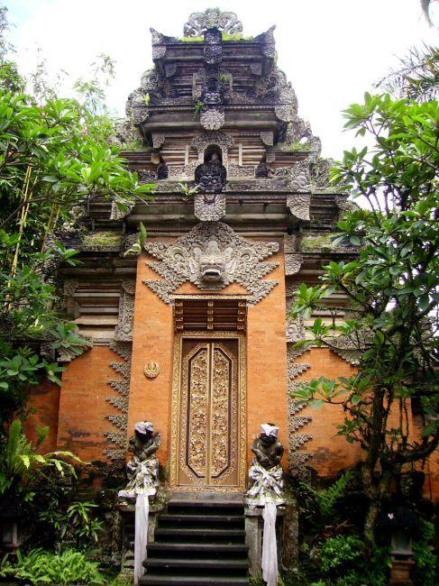 Zdjęcia: Ubud, Bali, świątynia w Ubud, INDONEZJA