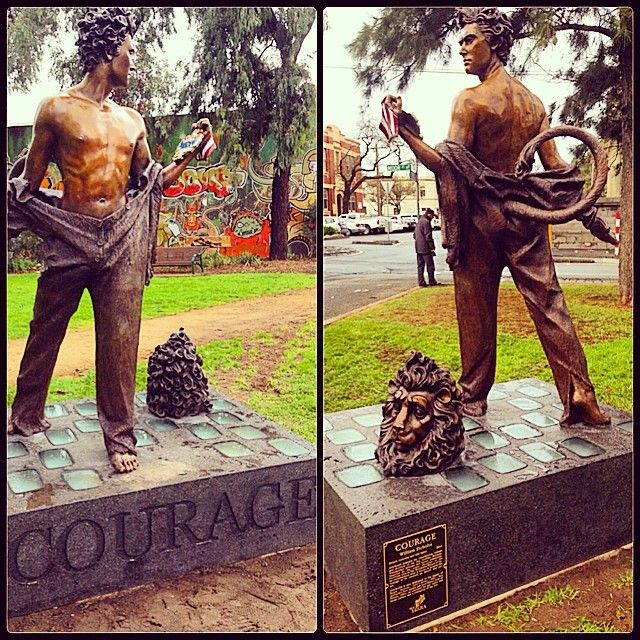 The scenery is never dull around the office in #Fitzroy. The newest addition to my walk to work, an amazing #statue about #courage, dedicated to the #lbgt community and a former openly gay Fitzroy Lord mayor, The first in #Australia