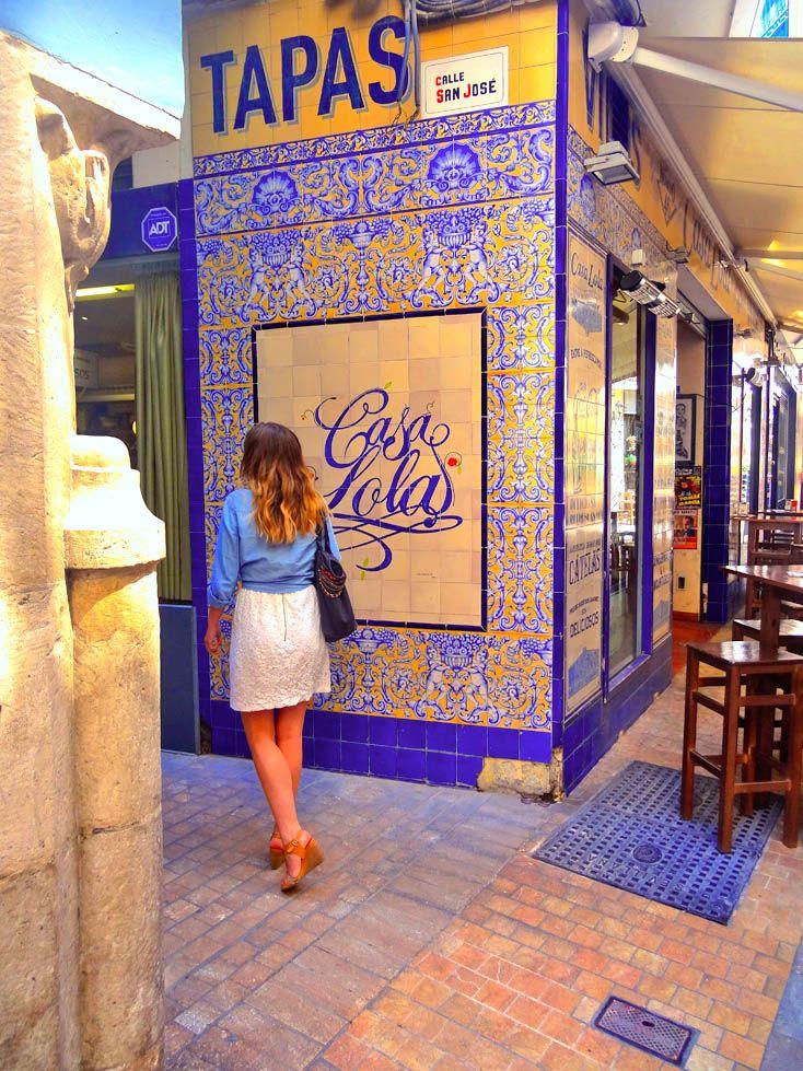 www.aprettyidea.com - Elsa in Malaga - Andalusia