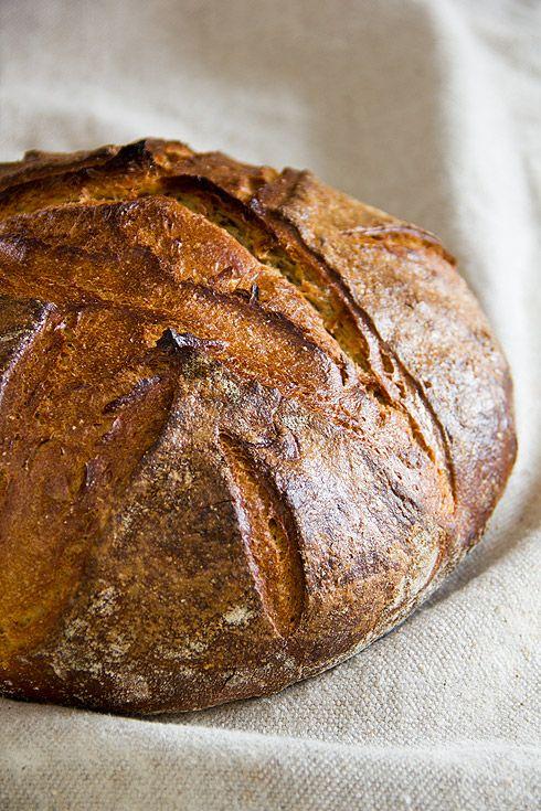 Versuch Nr. 1 hatte eine für dieses Brot zu wilde Porung.