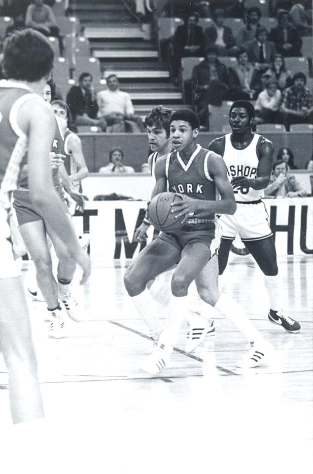 It's THROWBACK THURSDAY! Check out the FAN 590's Paul Jones in a game vs. Bishop's from the 1977-78 season!