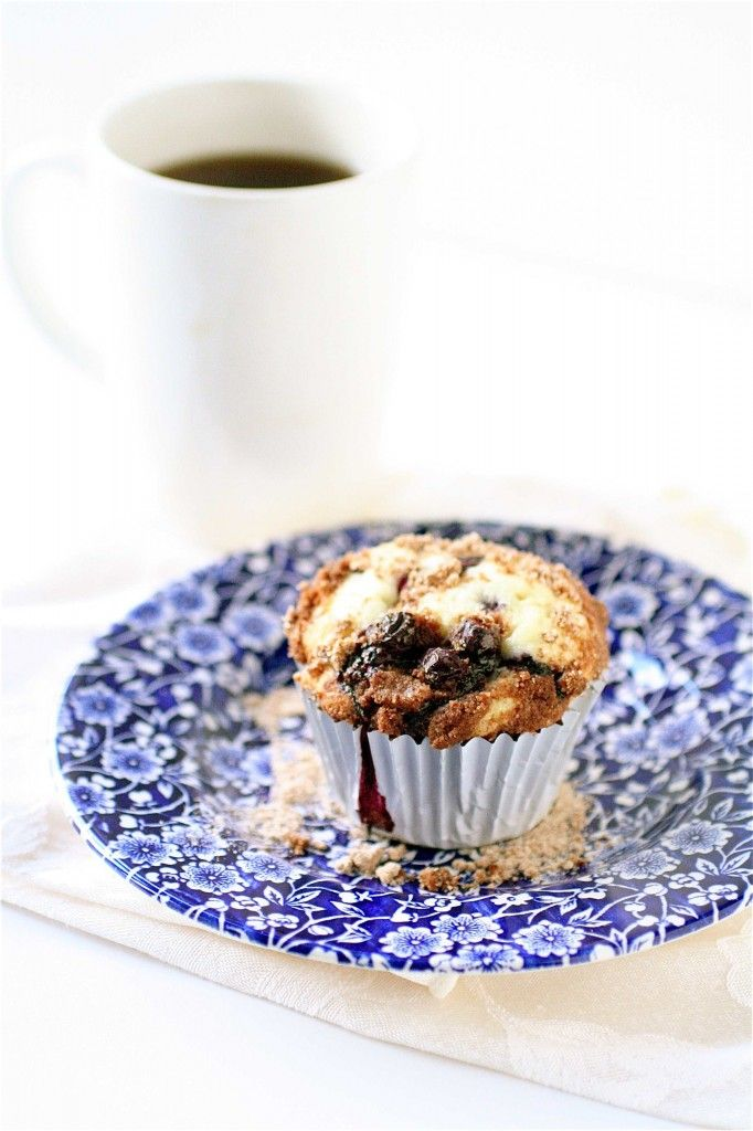 Blueberry Crumb Muffins | Kitchen goodies | Pinterest