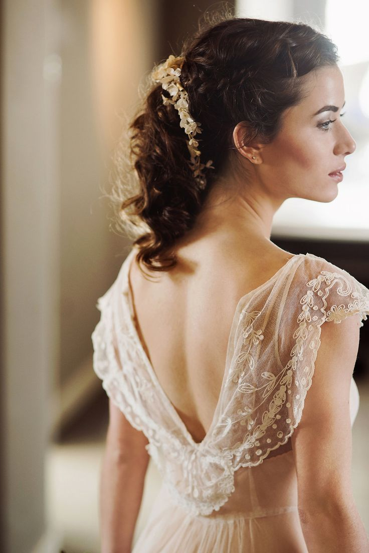 504 best vintage wedding images on pinterest for Antique rose wedding dress