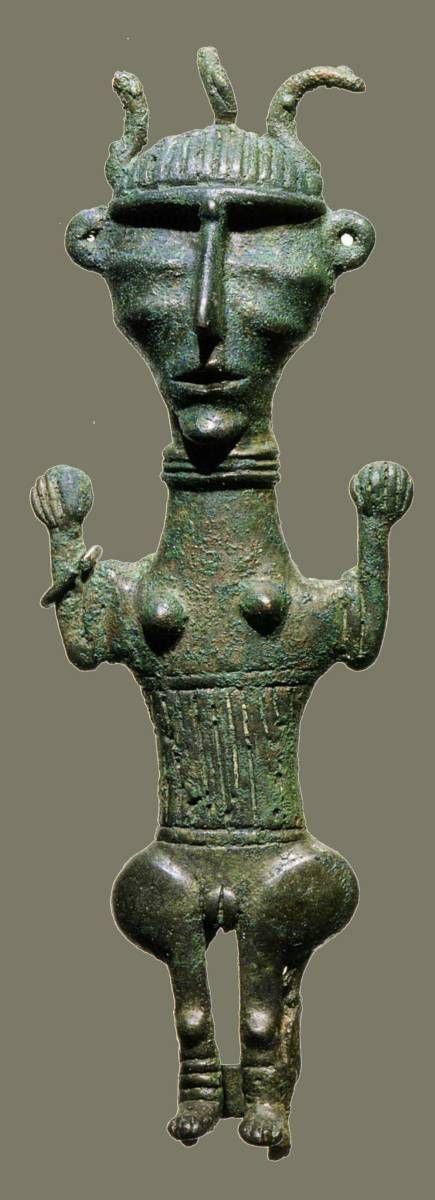 -700 -600 Idole féminine, Piravand, nord du Louristan, Iran occidental