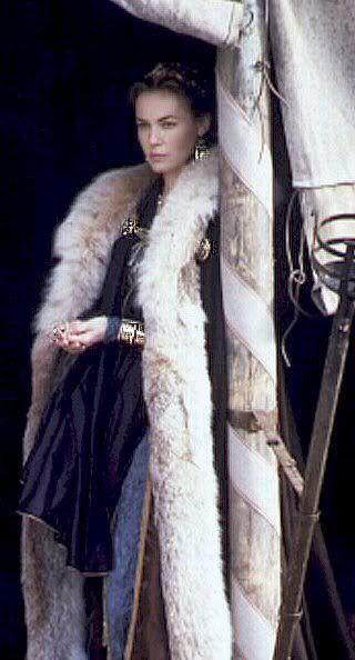 Gladiator. Princess Lucilla Traveling Clothes.
