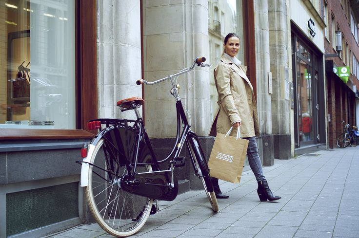 #Shopping, #Münster, #City, #wounderful #Shooting  #Batavus Classics with Yorick #Carroux, Old Dutch Deluxe, #classic #Dutch #bicycle