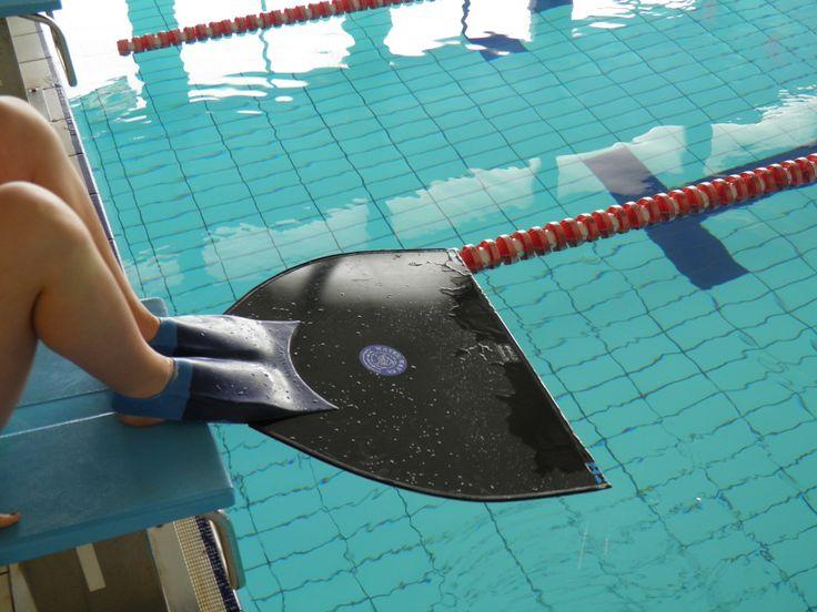 20 b sta id erna om aletas natacion p pinterest aletas for Aletas natacion piscina