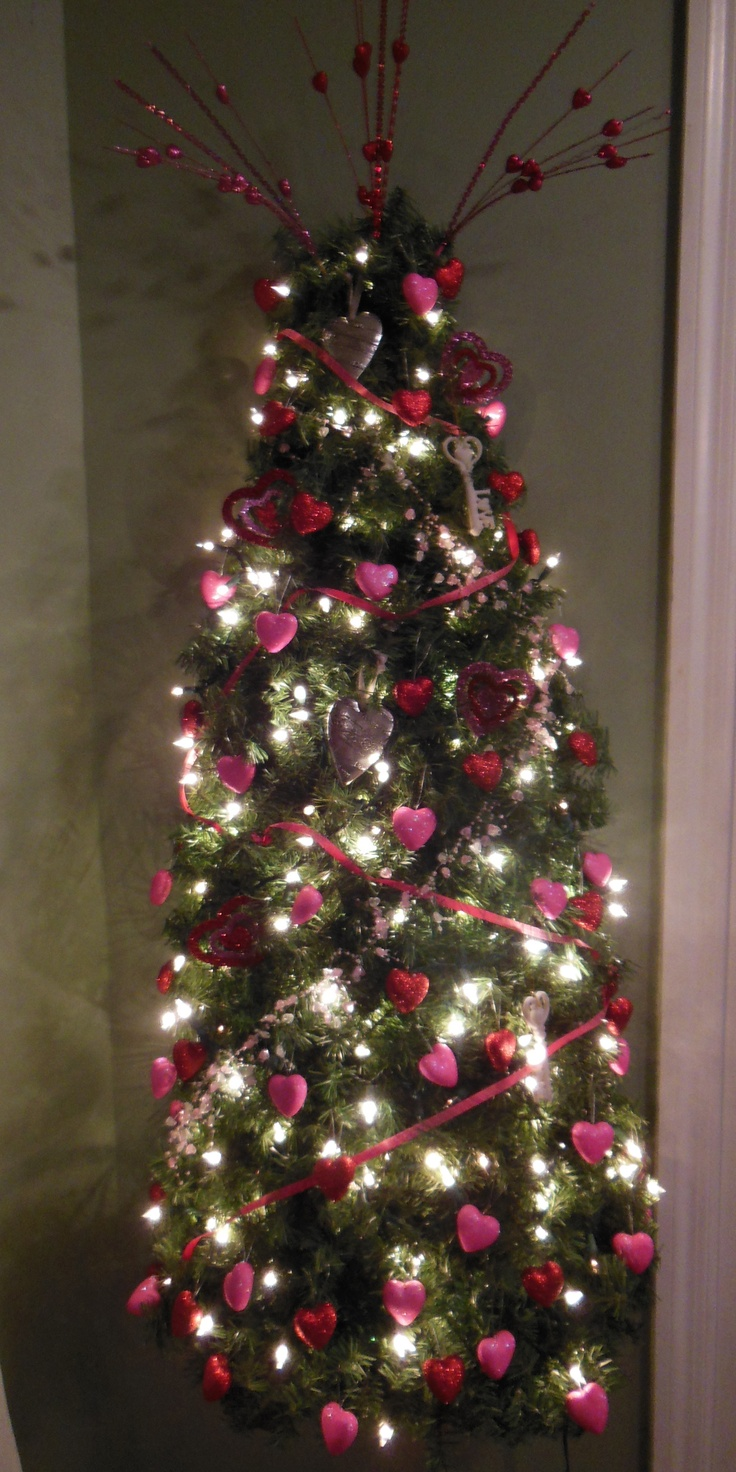 17 best images about trees for every holiday on pinterest trees christmas trees and snowman - Make christmas tree last longer ...