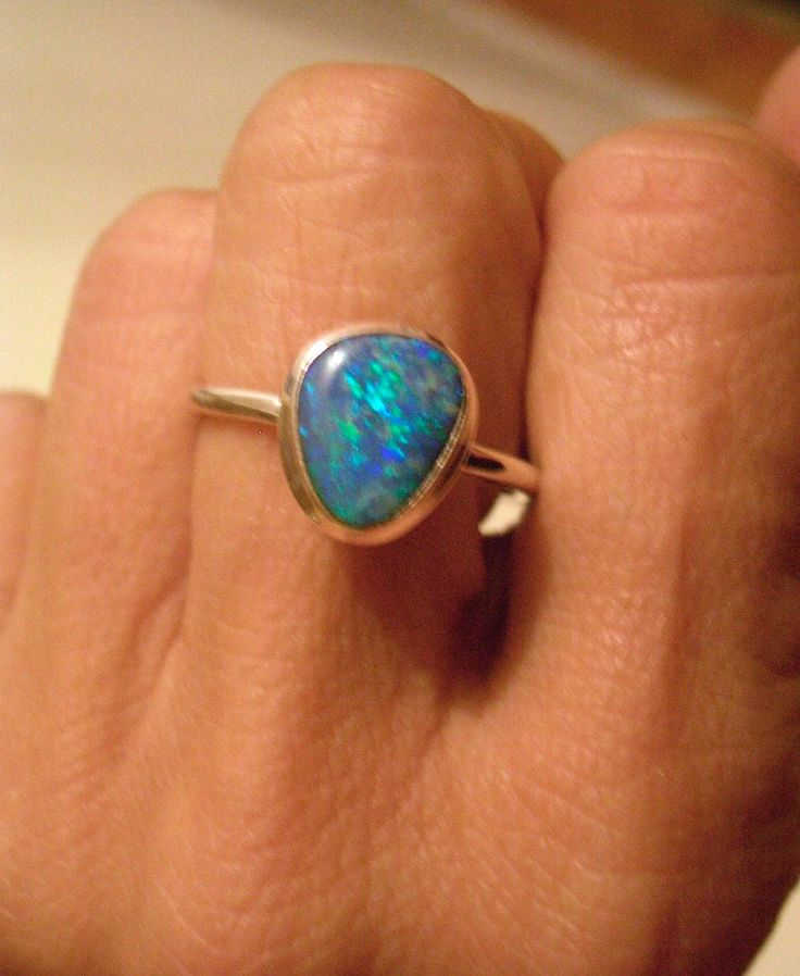 Sz.  < Spectacular Genuine Blue AUSTRALIAN OPAL Doublet Gemstone, 925 Solid Sterling Silver Delicate Jewellery Ring!! by Ameogem on Etsy