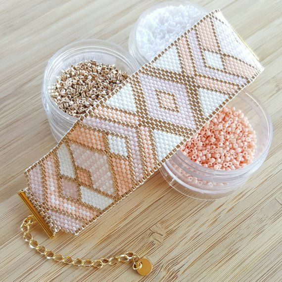 Miyuki delica beads handwoven Cuff Bracelet / / Peyote Stich / / pink white and champagne gold / / personalized pattern