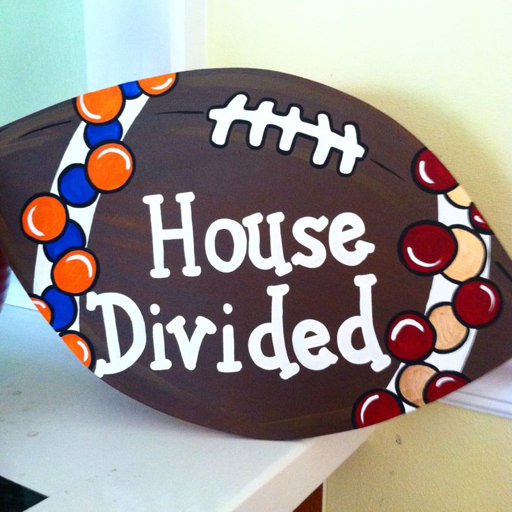 House Divided Gator vs Seminoles by MegCsDesigns on Etsy https://www.etsy.com/listing/198432878/house-divided-gator-vs-seminoles