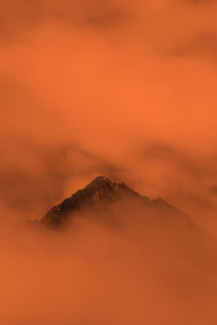 Quando la vera cima si trova oltre la propria sommita' si comprende la continua e necessaria ascesa dello spirito.