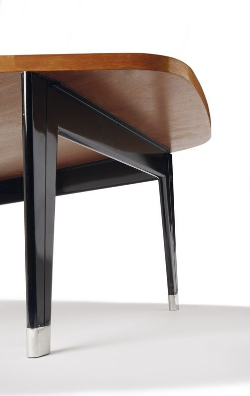 41 best jean prouv images on pinterest gallery chairs for Bureau jean prouve