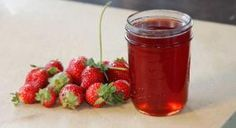 How to Make Your Own Strawberry Jelly