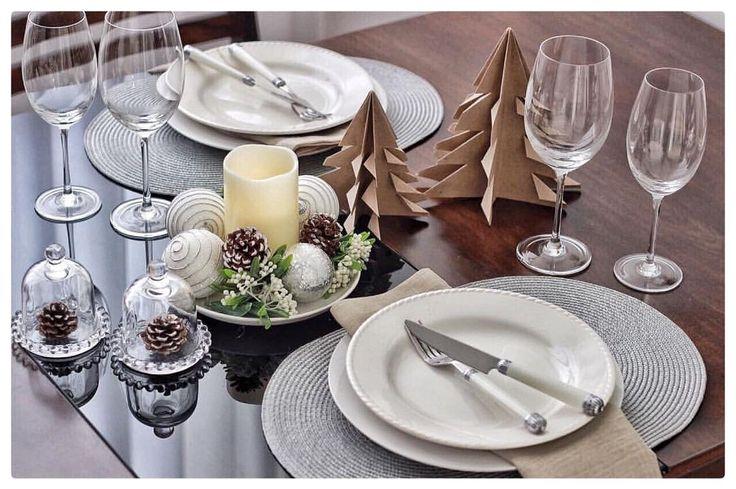 """279 curtidas, 20 comentários - plural • Home (@pluralhome) no Instagram: """"Segunda-feira também é dia de mesa com amor por aqui. Quem aí já está concorrendo aos vasos lindos…"""""""