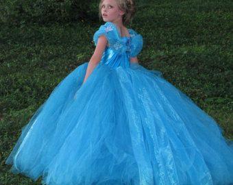 Nouveau 2015 inspiré Cendrillon robe, 2015 Cendrillon robe, robe de Cendrillon, Pagent robe, robe de fille de fleur, Ella Dress, Ella Robe Disney