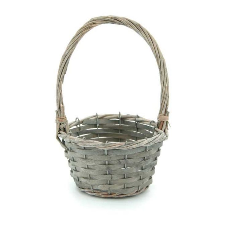 Willow Small Round Basket W/Handle 16tdx11.5bdx9Hcm Oceans specialises in the development and wholesale distribution of creative floral and gift presentation solutions. Through providing outstanding customer service, and maintaining superior delivery standards, Oceans has a well-earned reputation as market leaders in New Zealand's floral and gift packaging industry. Wedding, Wedding DIY, Favour, gifts,Christmas,