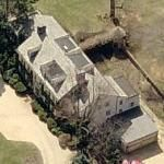 "Bruce Springsteen's House (Google Maps). Bruce Springsteen's house is in Rumson, New Jersey.   The American singer-songwriter, also known as ""The Boss,"" Bruce Springsteen's net worth is $300 million. His annual salary is reportedly $80 million.   A New Jersey native, he centers much of..."