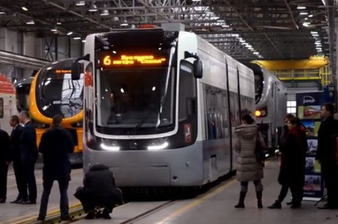 "In March, first low-floor ""foxtrots"" trams, made PESA, will go to Moscow. The agreement to deliver Polish trams to Russia was signed in June 2013."